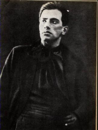 Vladimir Vladimirovič Majakovskij (in russo: Владимир Владимирович Маяковский; Bagdati, 7 luglio 1893 – Mosca, 14 aprile 1930)